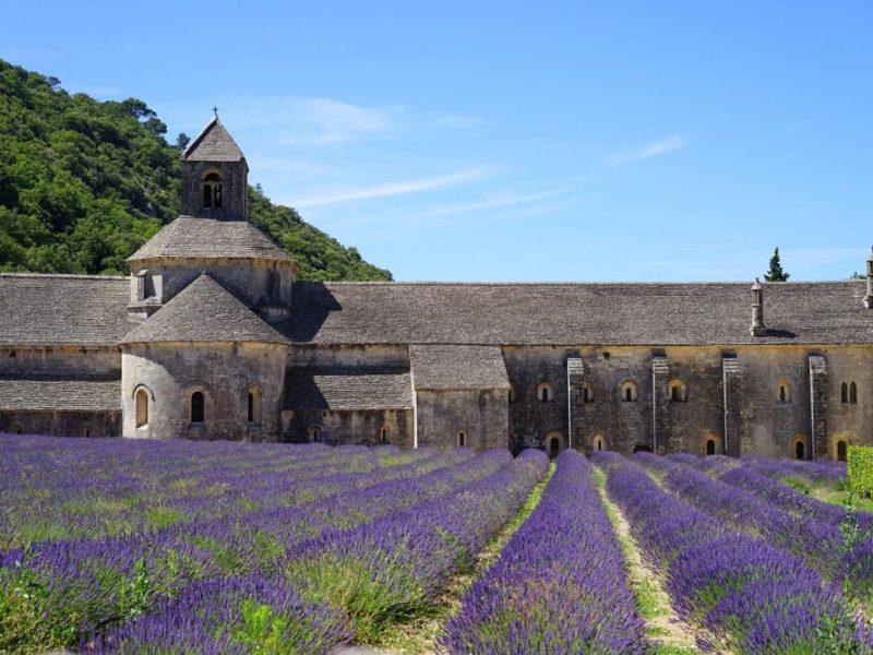 abbaye-de-senanque-1595649_1280-1024x682